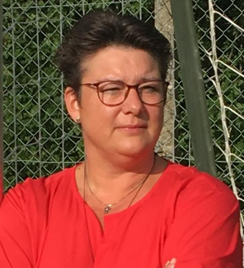 Jette V. Bondegaard