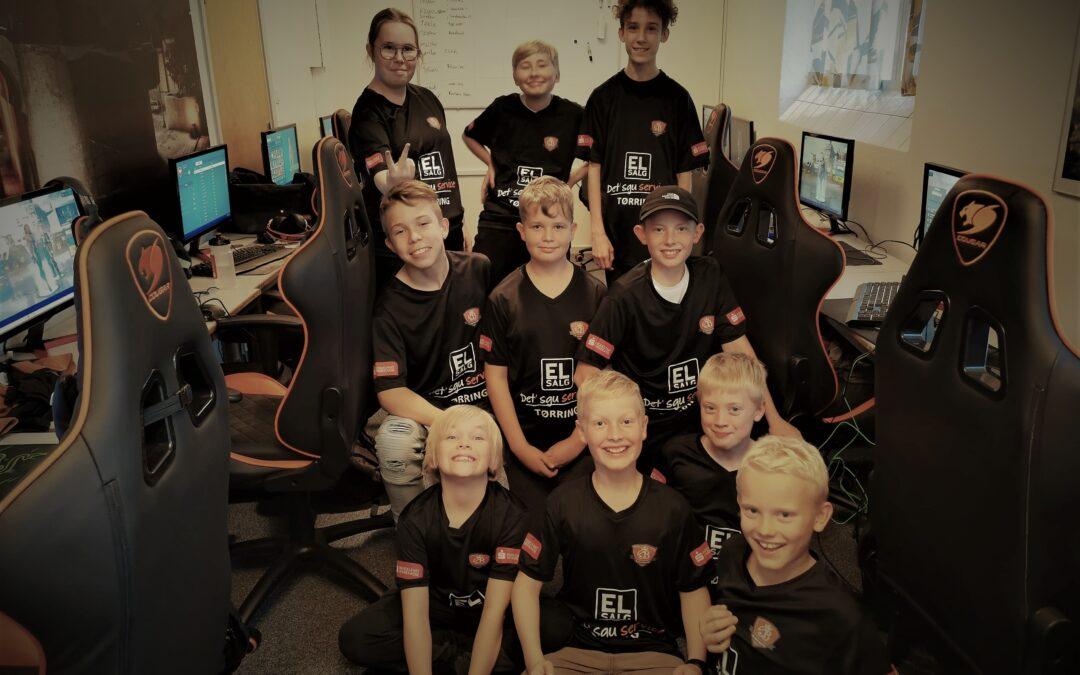 ØB Esports hold – Nu med lækre trøjer fra sponsorerne